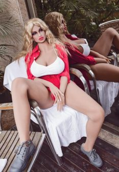 blonde-sex-doll-2-3