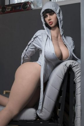 fucking-a-sex-doll-40