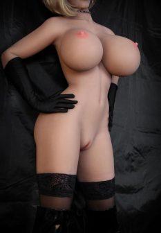 guy-fucks-sex-doll-1-1