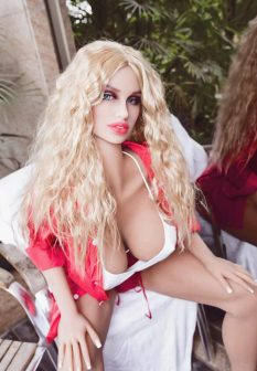 solid-sex-doll-2-2